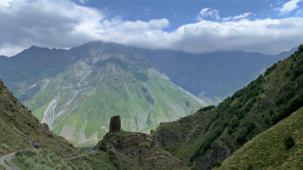 The hike to Gergeti Trinity church