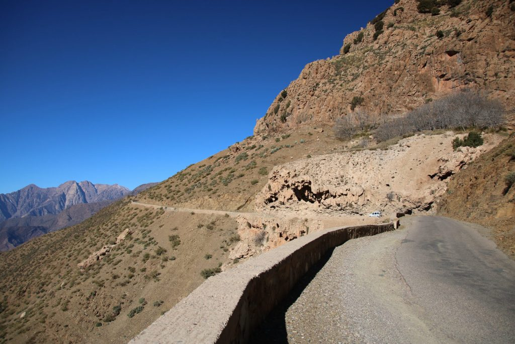 Road towards Tizi n Test, one-week Southern Morocco road trip